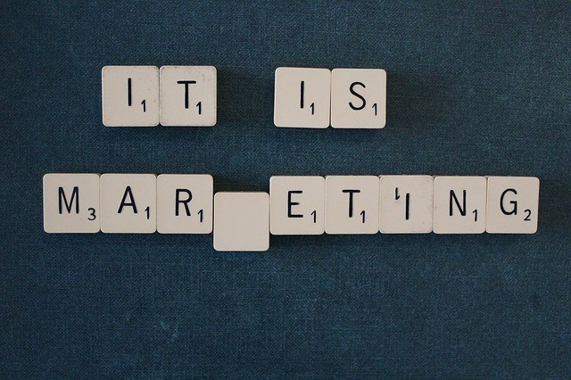 affiliate marketing vs blogging
